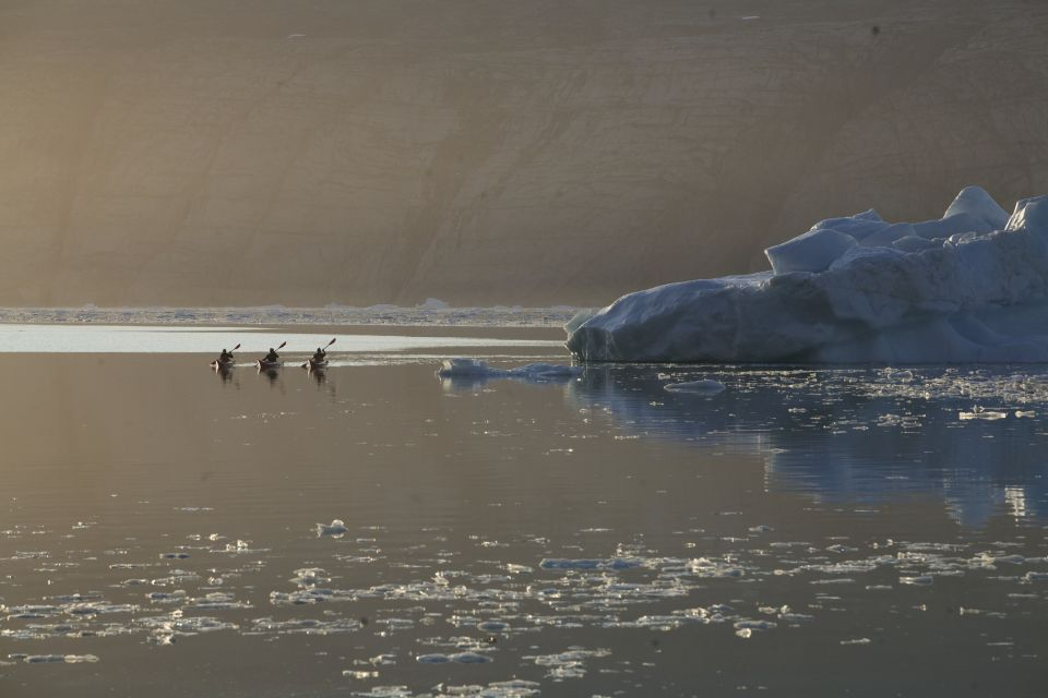 Kayak au Groenland - VisitGreenland