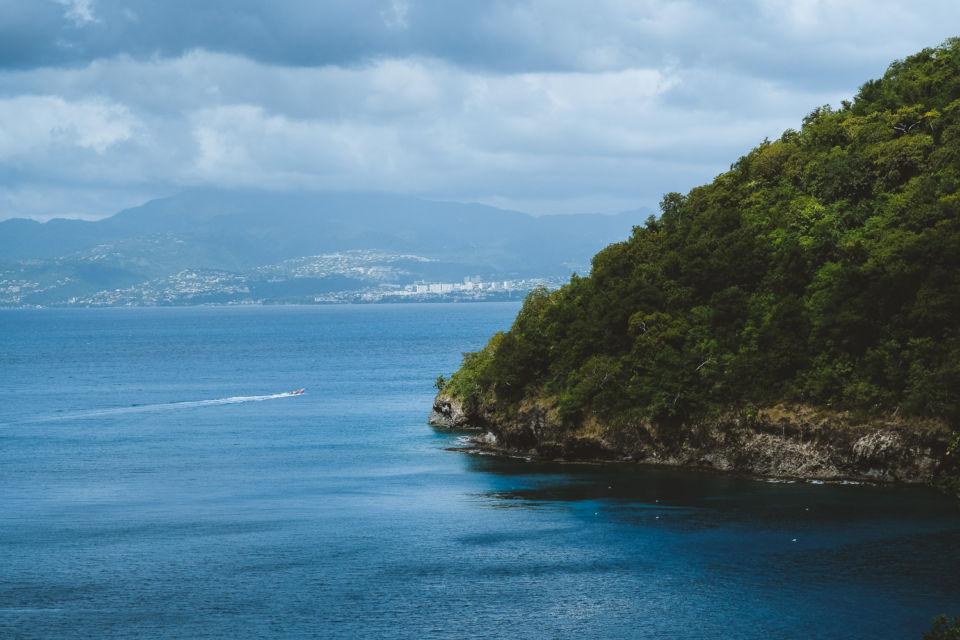plage Anse Noire